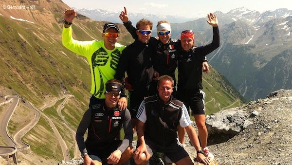Der Berg ist bezwungen: Die Trainingsgruppe von Kröll