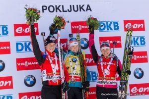 Gewinner Massenstart Frauen Pokljuka 2014 - Anais Bescond (FRA), Kaisa Maekaeraeinen (FIN), Nadezhda Skardino (BLR)